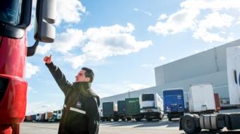 contrôle accès camion sécurité logistique